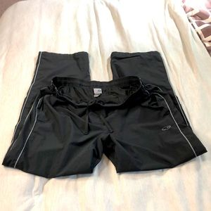Champion Mesh lined Track Pant size Large